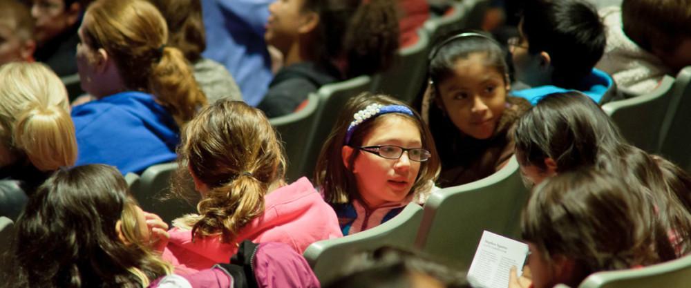 audience-of-kids-slider